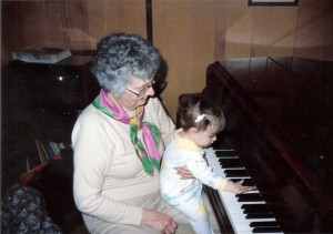 Grandma Billy and KC at piano 1988